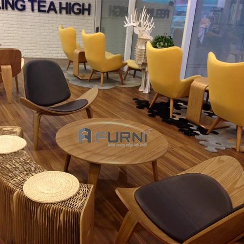 Bàn trà bàn sofa Molded kết hợp cùng ghế thư giãn Shell dùng trong các quán cafe