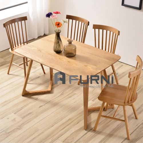Bộ 4 ghế bàn ăn bằng gỗ màu sắc tự nhiên giản dị cho gia đình BA VALLEY PINNSTOL 12