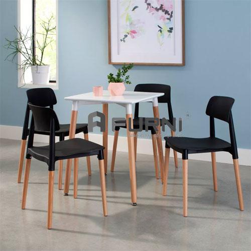 Bộ cafe nhỏ gọn 4 ghế nhựa màu đen CF DAW FILLY 60 giá rẻ HCM