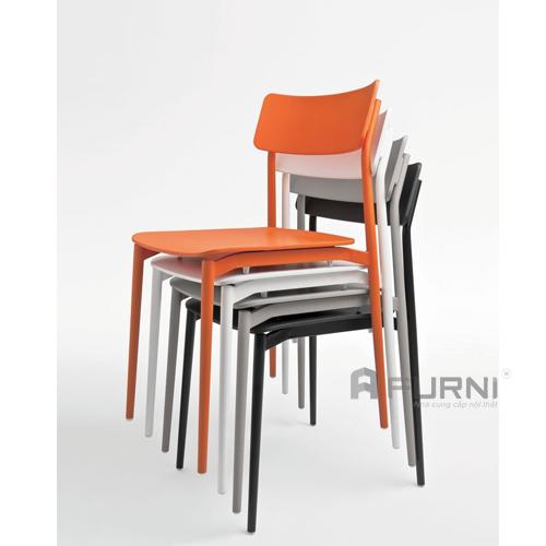 Ghế bàn ăn đẹp xếp chồng gọn gàng cho căn hộ chung cư cao cấp CULT